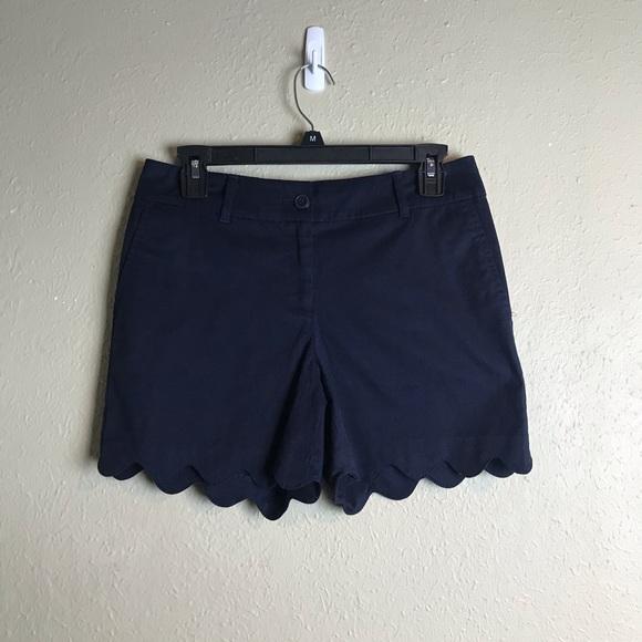 Talbots Pants - Talbots scallop hem navy shorts 2P 2 petite R20